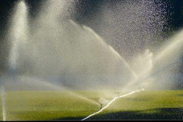 irrigation terrain de foot